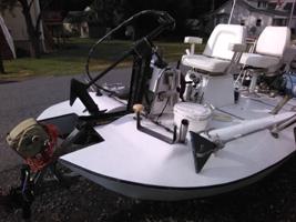 hydroplane fishing boat